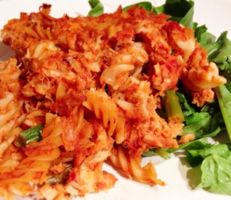 Tuna, tomato and basil pasta